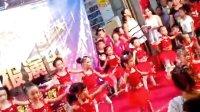 视频: 必发村 黄晓红 2013年8月28日 舞梦演出