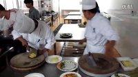 出国打工韩国厨师面试切土豆、炒菜实录