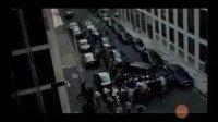 绅士变身 街头大打暴力橄榄球