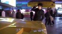 深圳欢乐谷一群人耍帅一分钟就走了