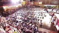 搞笑的flash mob