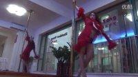 旋转钢管舞基本动作,掌握钢管舞的十大特点,钢管舞表演视频