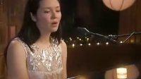 一位美国美女网络歌手自己的原创歌曲