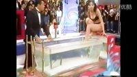 日本重口综艺节目热水煮美女