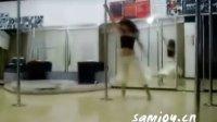 性感钢管舞视频01