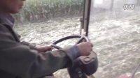 冀新牌三行玉米收割机作业视频、拖拉机、农机、旋耕机
