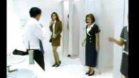 一个男人误进女卫生间后的反应!!绝对搞笑!!