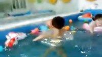 和小米一起游泳
