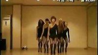黑丝美女性感舞蹈