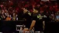 WWE马克亨利伊万伯恩vs.NXT五人众