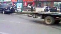 山东泰安山东农业大学附近警匪追击枪击现场2