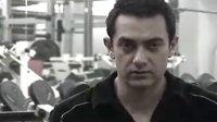 阿米尔汗为拍《未知死亡》苦炼肌肉