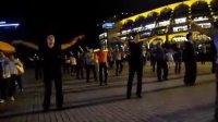 吴山广场排舞--快三月亮船