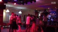 奇台在线王丽华酒店美女伴舞