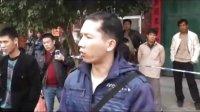 """南宁警方大规模销毁赌博""""老虎机"""" 民众放鞭炮叫好"""