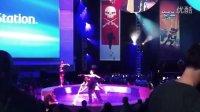 游久网:2011 E3 索尼站台舞娘尴尬艳舞
