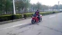 视频: 板利摩托工作室 QQ 348818616 任丘人自拍