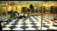 美女钢管舞学校Q1