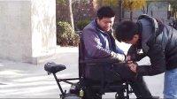 前后操作电动轮椅双人电动轮椅车前后人都可以操作可免费送货