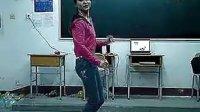 性感牛仔裤美女教室热舞