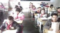 郁南县千官中心校四(2)班学生学唱圣诞歌!