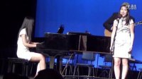 视频: 演唱青花瓷震撼美国高中