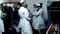 美女护士秀内衣舞