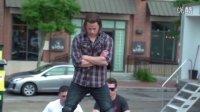 龙虎少年队男星查宁·塔图姆爆笑恶搞沃尔沃广告
