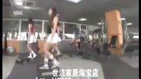 美女在健身房的趣事