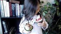 妹妹的圣诞纸杯蛋糕。