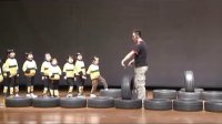 幼儿园中班体育教案活动《玩轮胎》课堂说课评课视频127
