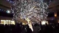澳门永利大厅的-吉祥树表演-...