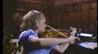 13岁时的Leila演奏小提琴-克莱斯勒
