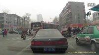 视频: UI领先总代Q5623587(信誉总代)公交占左转道右转
