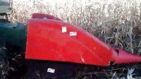 2013改装后 约翰迪尔3080收割机收割玉米效果2