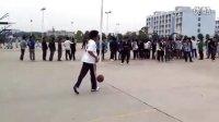 视频: 防守、(自己人娱乐、勿喷)韦德QQ群:55138343