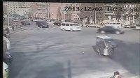 99直属总代 北京老外撞大妈监控视频 扣7530076