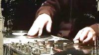 视频: 东莞学DJ DJ培训 DJ学校 QQ:786515365 增城咖乐DJ工作室