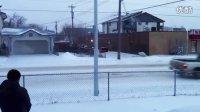 加拿大-埃德蒙顿-零下29度-100度的开水泼出去是这样的