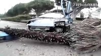 视频: 广州人才《http:www.guangzhoujob.com》-比佛利山车祸完整版
