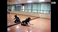 美女舞蹈老师---情挑艳舞.flv