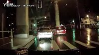 UI领先总代QQ5623587(信誉总代)2月4日虹口重大交通事故BMW335失控撞立柱腾空视频