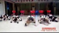 性感美女酒吧钢管舞视频-性感舞蹈秀