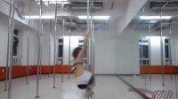北京钢管舞秀  钢管舞教学入门  钢管舞美女1 撸二哥在线短片-gif相关视频