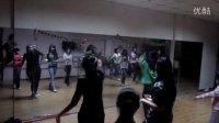 视频: 阿拉尔易舞工作室 遗失的心跳 QQ:281525719