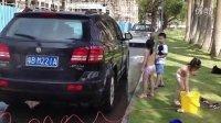 美女�体洗车,太香艳了 台湾妹中文娱乐网914相关视频