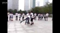 花样轮滑视频.极限轮滑视频.儿童轮滑教学视频.轮滑刹车教学视频