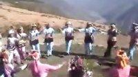迤沙拉里颇彝族打跳舞