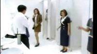 一个男人误进女卫生间后的反应