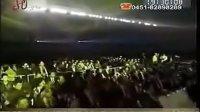 视频: 宁波三生公司给员工发放奔驰宝马 傅任QQ369304268